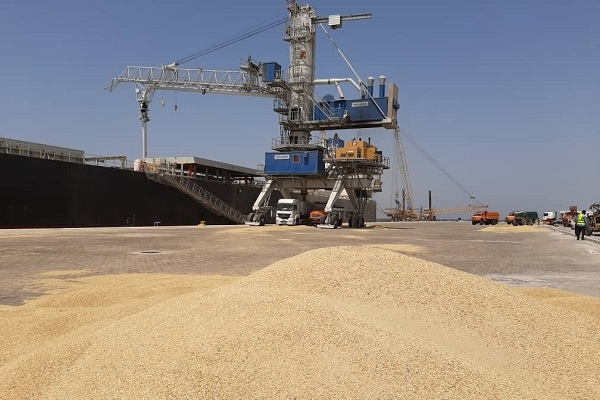 37% growth in unloading and loading of staples in Chabahar port